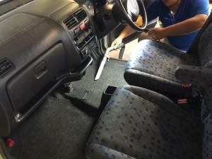 ルームクリーン(車内清掃)